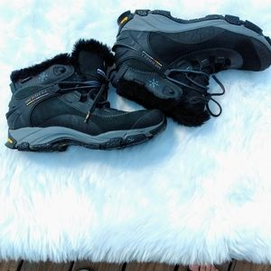 Merrell continuum faux fur hiking boots size 9.5
